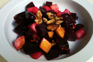 Fresh Beet and Pear Salad