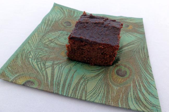 flourless chocolate beet brownie